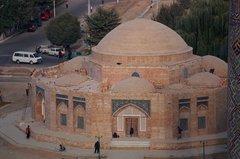 uzbekistan1050